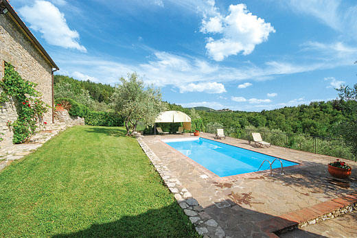 Villa Poggio in Gaiole - sleeps 4 people