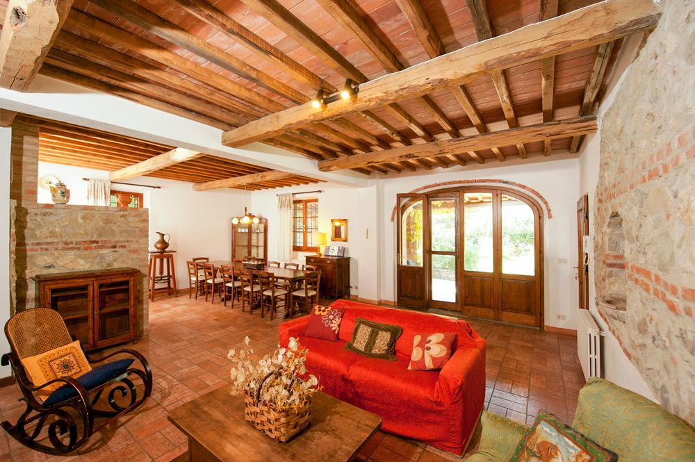 Villa Rapolano in Montepulciano - sleeps 11 people