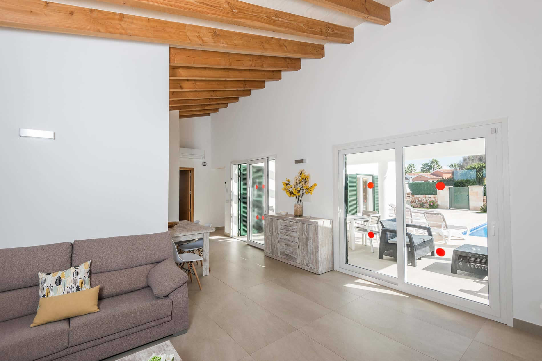 Villa Sa Sivina in Cala en Bosch - sleeps 6 people