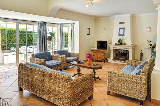 Villa Soleil in Gale, Albufeira - sleeps 8 people