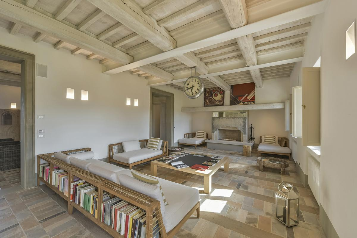 Villa Sovrano in Montepulciano - sleeps 14 people