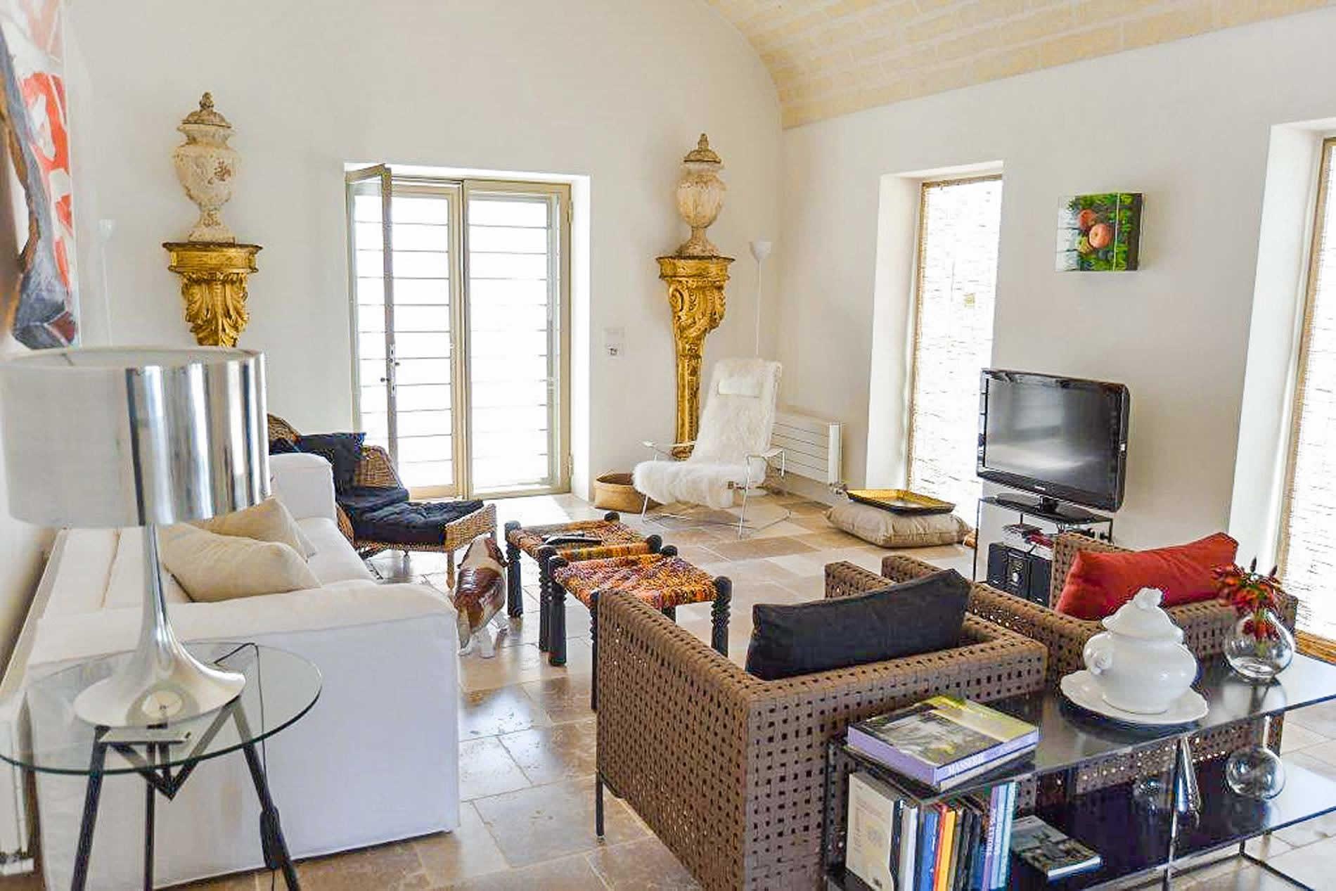 Villa Trullo Bella Vista in Cisternino - sleeps 8 people