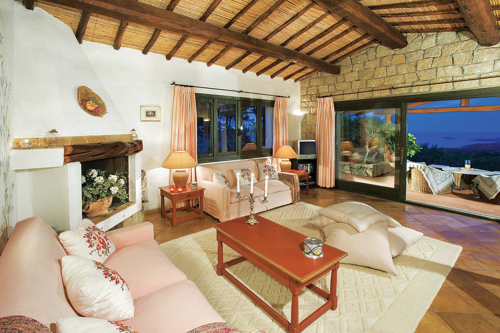 Villa Ulrika in Porto Cervo - sleeps 10 people
