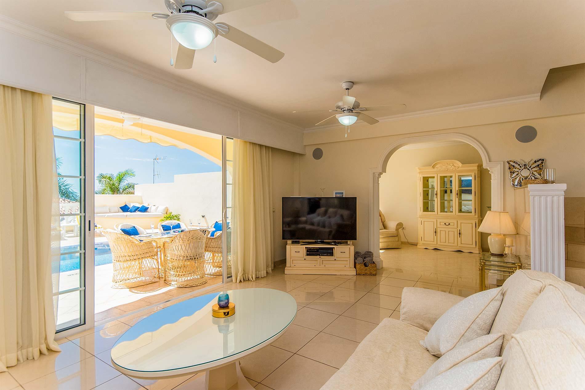 Villa Vista Gomera in Playa de la Arena, Los Gigantes - sleeps 6 people