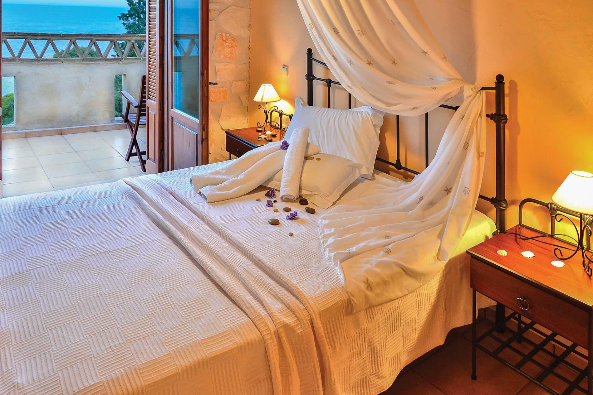 Villa Yannis in Vassilikos - sleeps 5 people